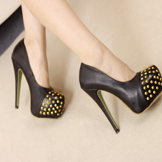 The new European and American style metal rivets popular nightclub party ultra-high pump black