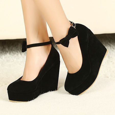 Fashion Round Closed Toe Super High Wedges Black Suede Ankle Strap Pumps