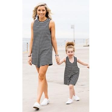 Lässige O Ansatz Behälter-Sleeveless schwarze gestreifte Baumwollmischung One-piece Jumpsuits (Nur für Kinder)