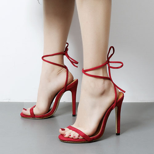 Модные пуанты Toe Lace-up полые из супер высокой пятки красные замши лодыжки ремень сандалии