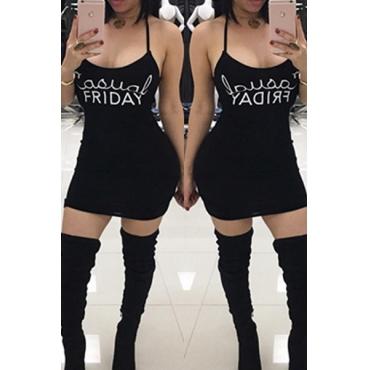 Loisir en forme de U Lettres de cou Impression Café Robe noire Mini-robe